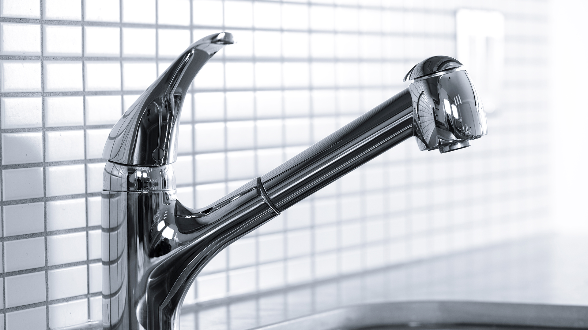 Water faucet and water softener